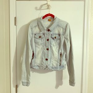 Jackets & Blazers - Light wash denim jacket